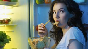 7 Worst Bedtime Snacks