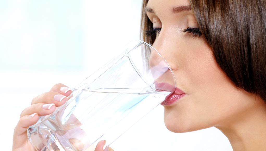 Are 8 Glasses of Water a Day Too Much?